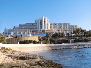 salini-resort-hotel