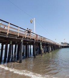 xelc-santa-barbara-school-center-stearns-wharf-overview.jpg.pagespeed.ic.HiUOLkUIUZ